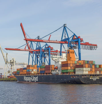 Hapag Lloyd Containerschiff