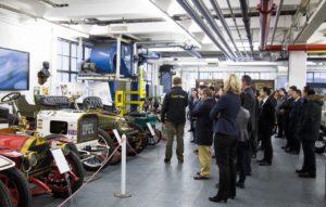 China im Gespräch: Werksbesichtigung bei Opel im Rahmen der Netzwerkveranstaltung